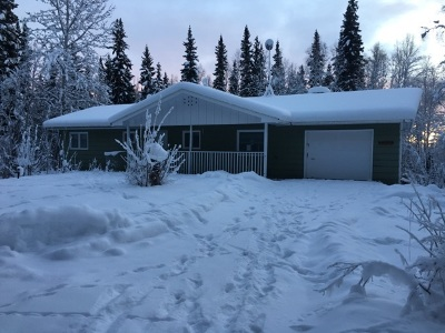 Fairbanks Single Family Home For Sale: 2451 Nugget Loop