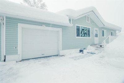 Fairbanks AK Single Family Home For Sale: $255,000