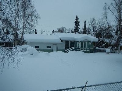 Fairbanks AK Single Family Home For Sale: $139,000