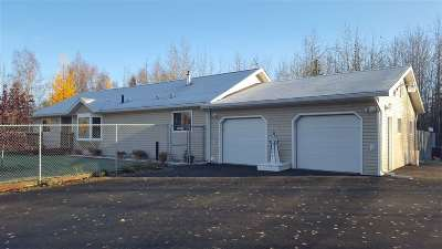 North Pole AK Single Family Home For Sale: $239,000