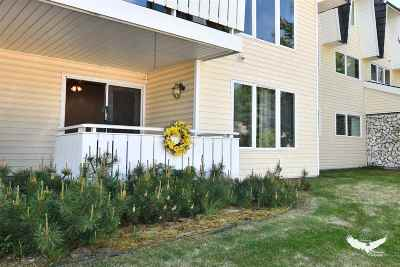 Fairbanks North Star Borough Condo/Townhouse For Sale: 665 10th Avenue