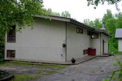 Fairbanks AK Single Family Home For Sale: $300,000