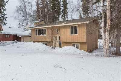 Fairbanks AK Single Family Home For Sale: $249,900