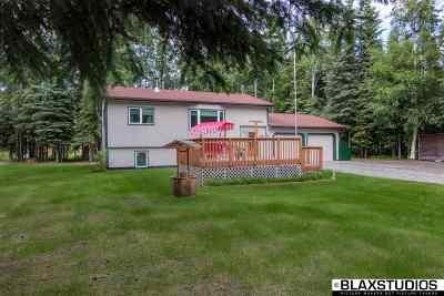 North Pole Single Family Home For Sale: 2712 Natalie Avenue