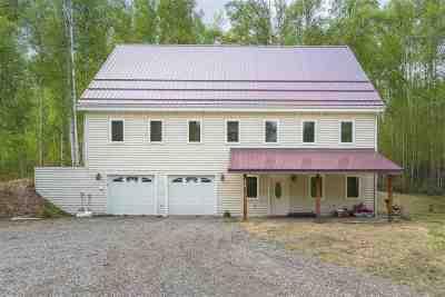 Fairbanks Single Family Home For Sale: 3380 Hillary Avenue