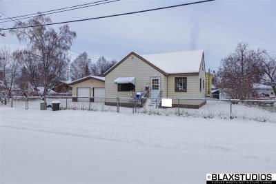 Fairbanks Single Family Home For Sale: 1022 4th Avenue