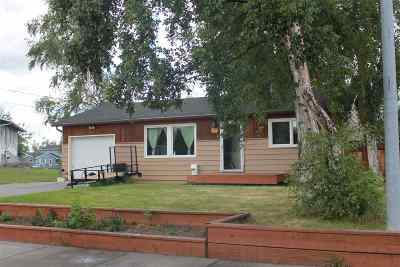 Fairbanks AK Single Family Home For Sale: $240,000