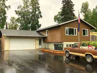 Fairbanks AK Single Family Home For Sale: $274,900