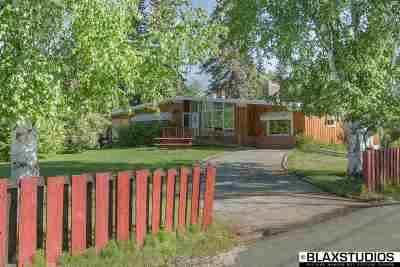 Fairbanks North Star Borough Single Family Home For Sale: 3027 Riverview Drive