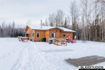 Fairbanks AK Single Family Home For Sale: $239,999