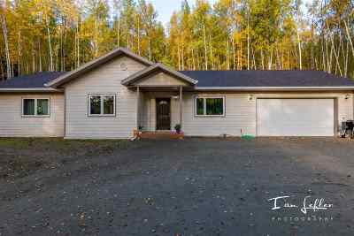 Fairbanks AK Single Family Home For Sale: $325,000