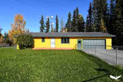 North Pole AK Single Family Home For Sale: $240,000