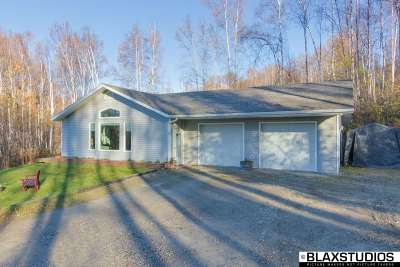Fairbanks Single Family Home For Sale: 252 Peregrine Drive
