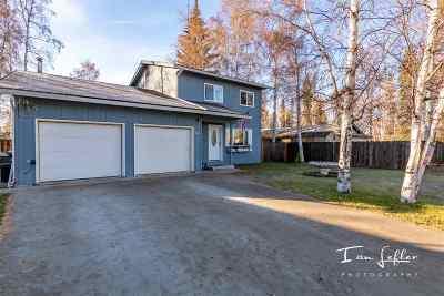 Fairbanks Single Family Home For Sale: 411 Haines Avenue
