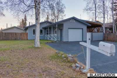 Fairbanks AK Single Family Home For Sale: $224,900