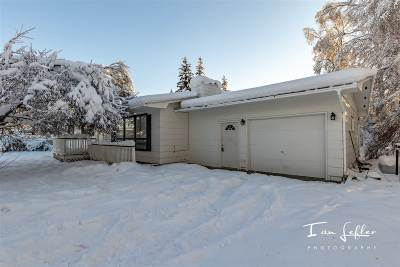 Fairbanks Single Family Home For Sale: 3731 Swenson Avenue