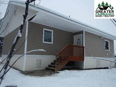 Fairbanks Single Family Home For Sale: 125 Teresa Turnaround