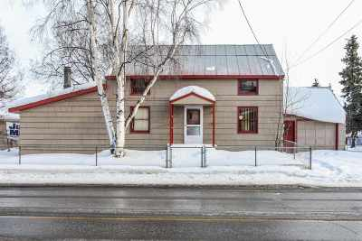 Fairbanks Single Family Home For Sale: 611 Cowles Street
