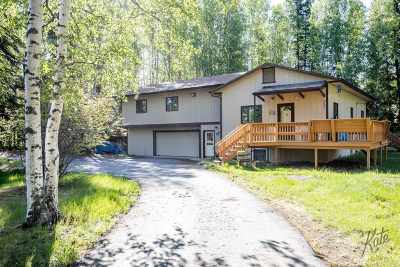 NORTH POLE Single Family Home For Sale: 3045 Taxilane B