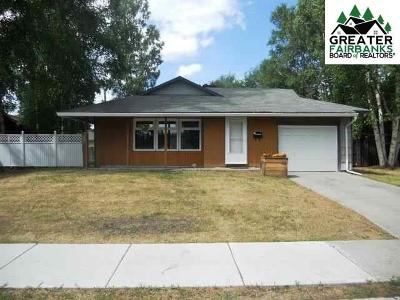 Fairbanks Single Family Home For Sale: 1010 Kellum Street