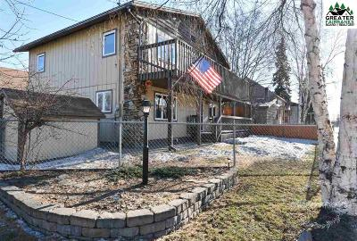 Fairbanks Single Family Home For Sale: 869 6th Avenue