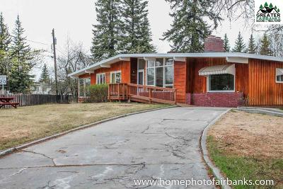 Fairbanks Single Family Home For Sale: 3027 Riverview Drive