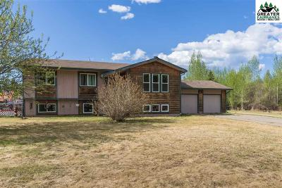 Chena Hot Springs, Clear Creek, Ester, Fairbanks, Fox, Hayes Creek, North Pole, Salcha, Two Rivers Single Family Home For Sale: 2548 Carrie Lynn Drive