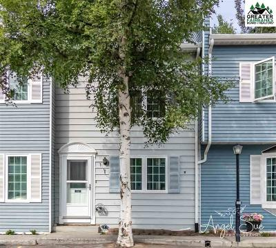 Fairbanks Condo/Townhouse For Sale: 1062 Evergreen Street