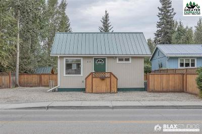 Fairbanks Single Family Home For Sale: 813 23rd Avenue