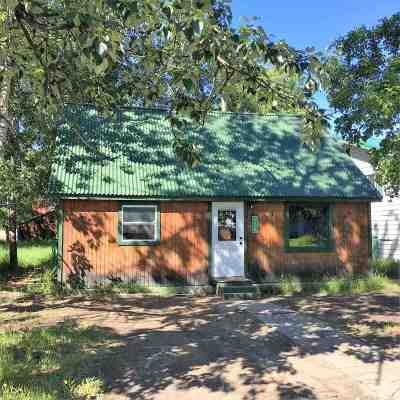 North Pole,  Fairbanks, Ester, Salcha Single Family Home For Sale: 1526 Eielson Street