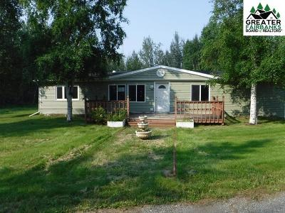 North Pole AK Single Family Home For Sale: $104,000