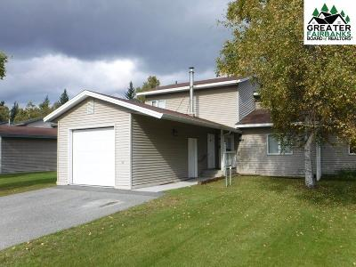 Fairbanks AK Single Family Home For Sale: $152,000