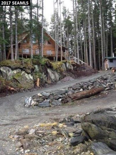Juneau AK Single Family Home For Sale: $300,000