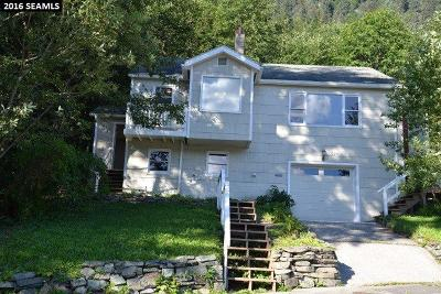 Juneau AK Single Family Home For Sale: $299,000