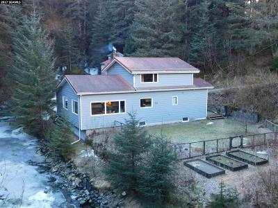 Juneau AK Single Family Home For Sale: $599,900