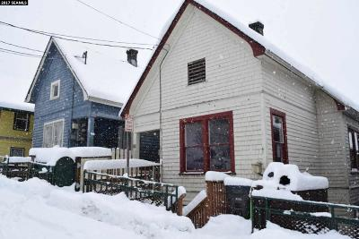 Juneau Borough Multi Family Home For Sale: 422 East Street