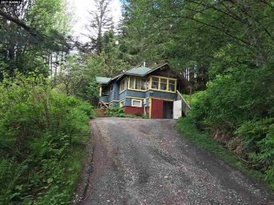 Single Family Home For Sale: 4240 Glacier Highway