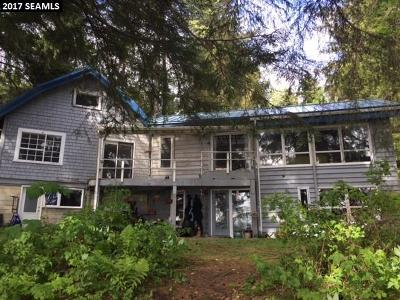 Juneau AK Single Family Home For Sale: $585,000
