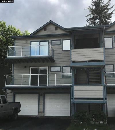 Juneau AK Condo/Townhouse For Sale: $189,000
