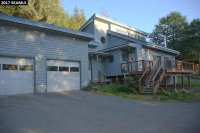 Juneau Single Family Home For Sale: 2241 Fritz Cove Road