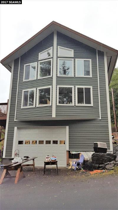 Ketchikan Gateway Borough Single Family Home For Sale: 14820 N Tongass Hwy.