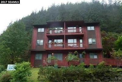 Juneau Borough Condo/Townhouse For Sale: 2194d Lawson Creek Road