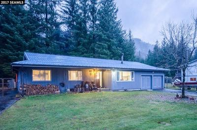 Juneau Borough Single Family Home For Sale: 8502b Rainbow Row