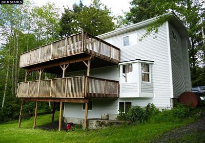 Ketchikan Single Family Home For Sale: 12023 N Tongass Hwy.