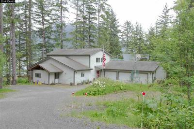Juneau Single Family Home For Sale: 4030 North Douglas Hwy.