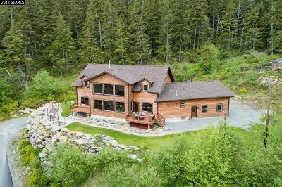 Ketchikan Single Family Home For Sale: 6675 Ravenwood Drive