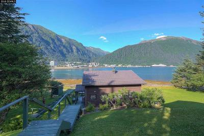 Juneau Single Family Home For Sale: 3180 Douglas Highway
