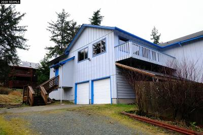 Juneau Borough Single Family Home For Sale: 6733 Gray Street