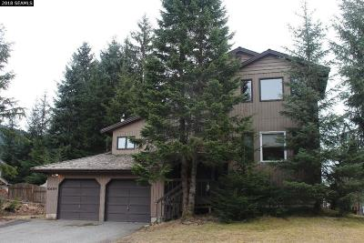 Juneau Single Family Home For Sale: 4437 Mendenhall Blvd.