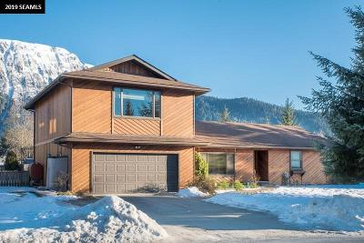 Juneau Single Family Home For Sale: 4403 Taku Boulevard